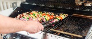 Příprava grilu před grilovací sezónou